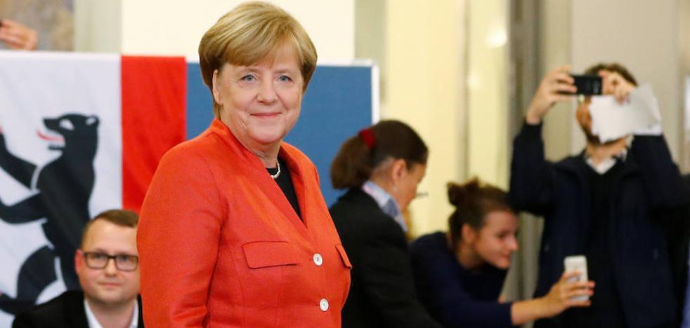 Merkel, virtual vencedora, promete escuchar las inquietudes de los votantes de ultraderecha