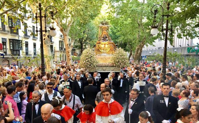 Sigue en directo la procesión de la Virgen de las Angustias