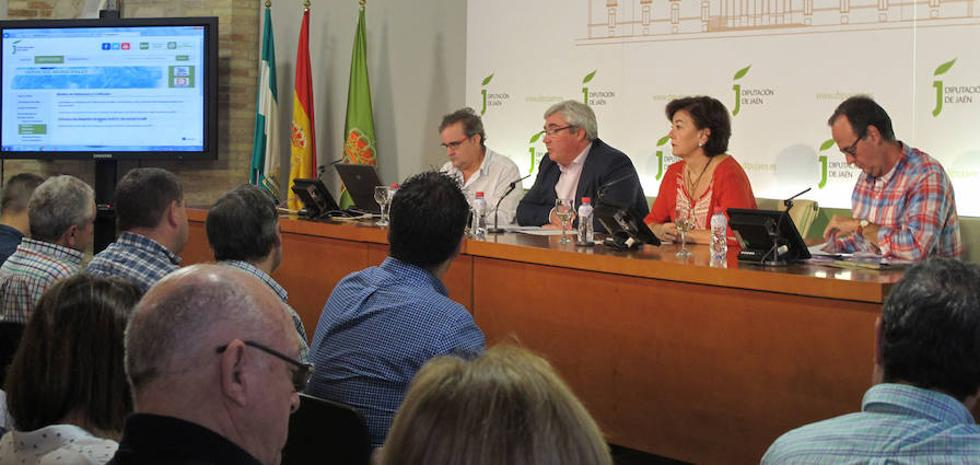 La Diputación de Jaén analiza con alcaldes la puesta en marcha del Plan Director de Residuos de la Construcción