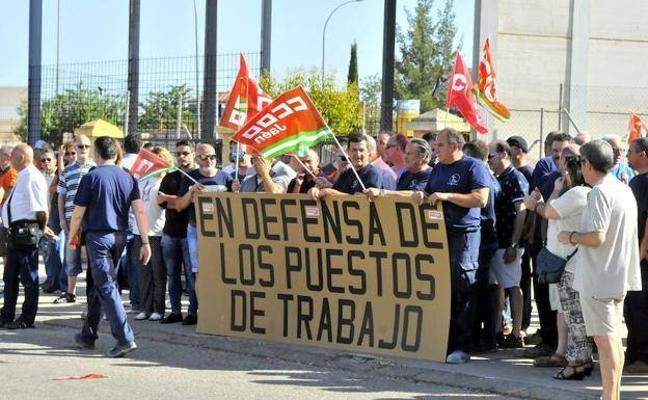 La plantilla de Aeroepoxy retoma las protestas para pedir carga de trabajo y evitar su desaparición