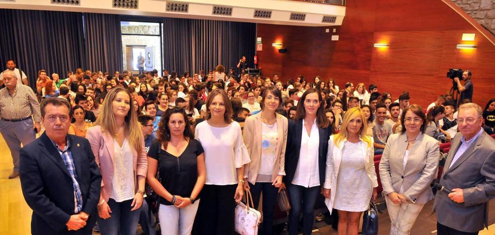 Una mesa redonda sobre mujer y empleo inaugura el XII Congreso de Geoquímica