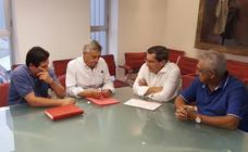 Entrena se compromete a reuniones periódicas con UGT y CCOO si es elegido secretario provincial del PSOE de Granada