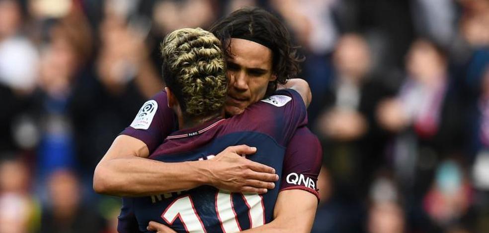 Neymar lanza un penalti y pone fin a la polémica con Cavani