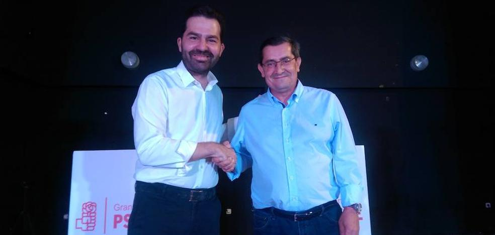 El PSOE de Granada vota en 119 centros para elegir su secretario entre dos candidatos