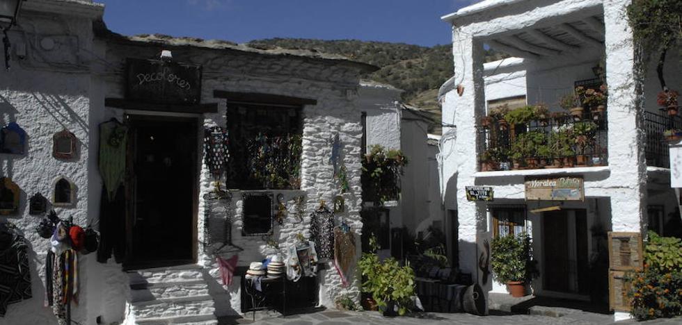 Pampaneira prepara su XXXI Feria de Artesanía, Turismo y Agricultura Ecológica de la Alpujarra