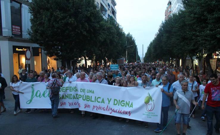"""Jaén se manifiesta por una sanidad """"digna"""""""