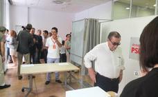 El PSOE se juega a esta hora su futuro en Almería