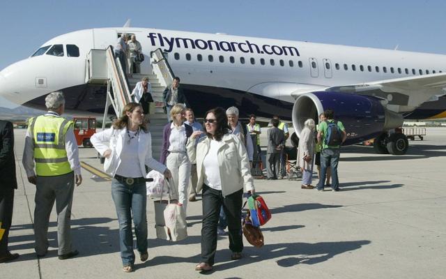 El aeropuerto de Almería, afectado por la quiebra de Monarch Airlines