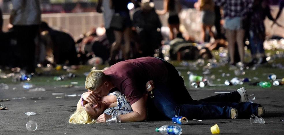 El atacante de Las Vegas poseía un enorme arsenal en su casa