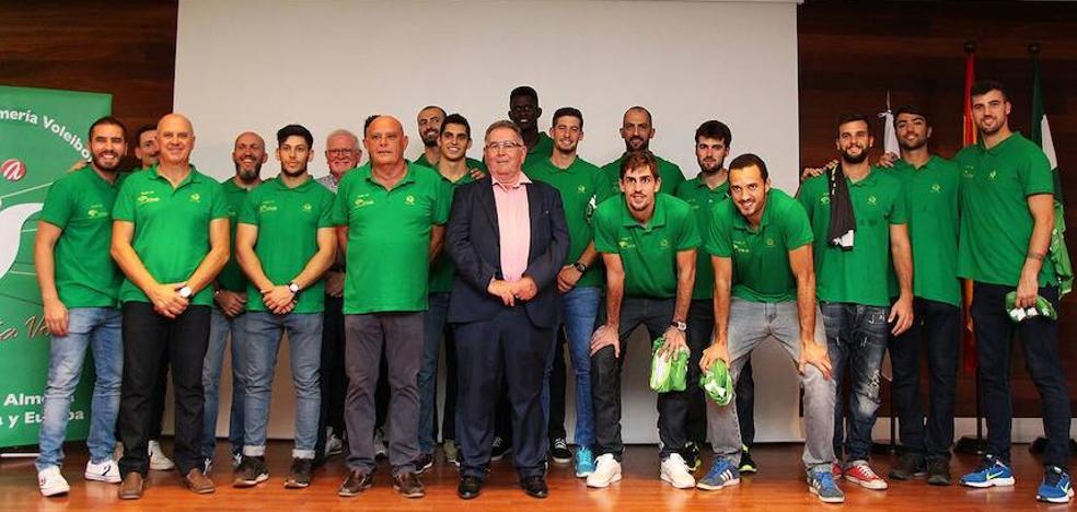 Unicaja Almería, 30 años, 40 títulos y una ilusión: ganar