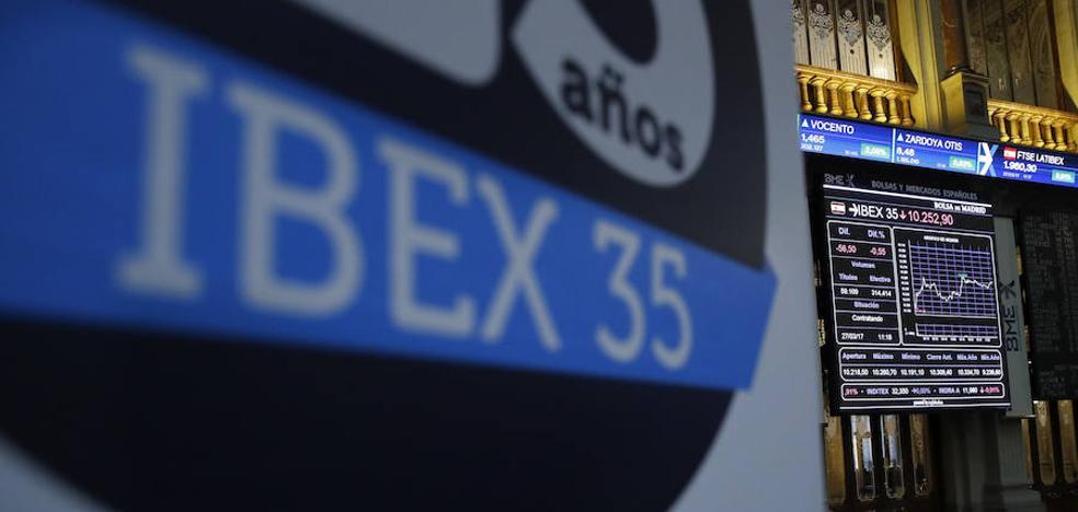 El Ibex logra la segunda mayor subida anual y regresa a los 10.000 puntos