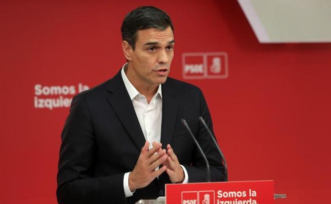 Históricos del PSOE critican que Sánchez defienda un diálogo con Puigdemont
