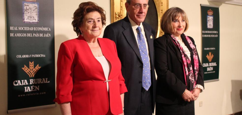 La Casa de Jaén en Granada concede sus galardones anuales