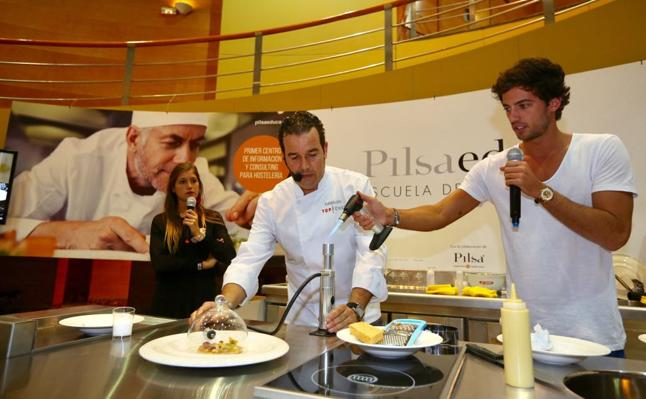 Jorge y Miri, de 'MasterChef', en Granada Gourmet