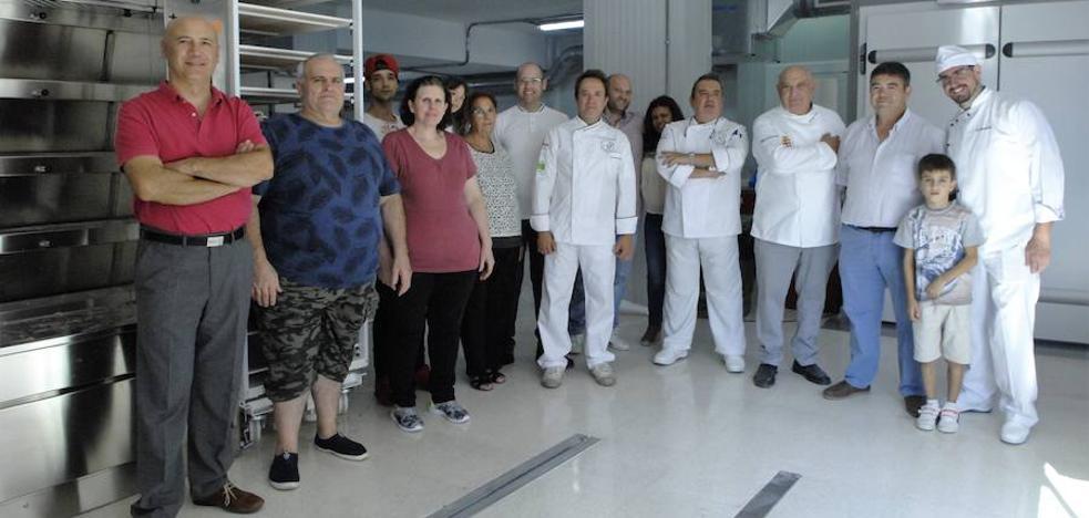 Panadería Gerardo de Órgiva invierte 250.000 euros en equipamiento para sus nuevas instalaciones industriales