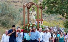 Caratáunas se prepara para celebrar sus fiestas en honor al Padre Eterno junto a las dos ermitas