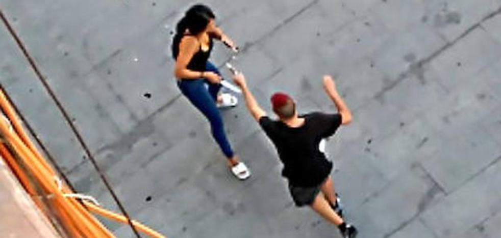 Un joven dispara a su expareja con un arma de fogueo en Málaga