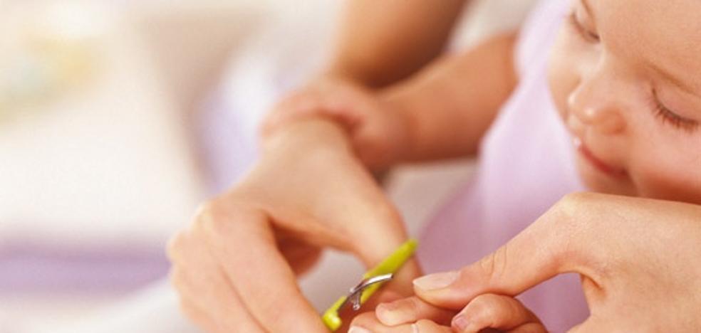 Así debes cortar las uñas a tu bebé
