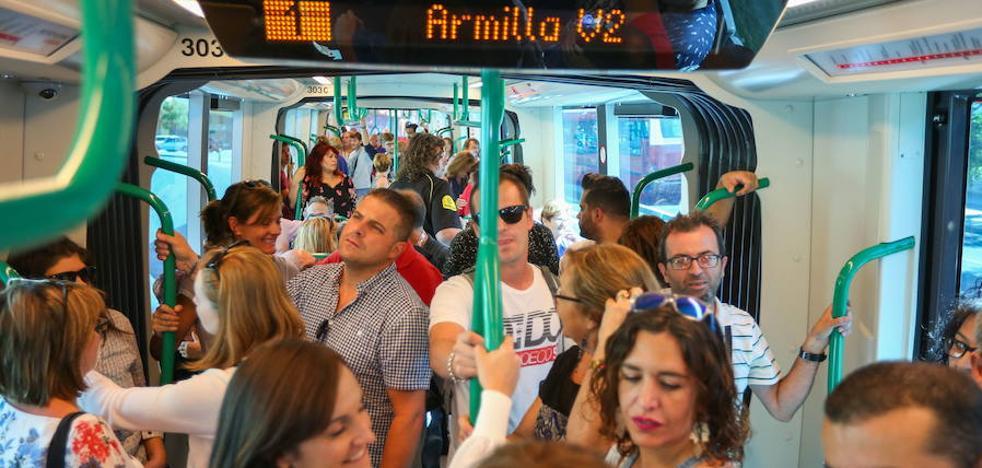 El metro de Granada alcanza el medio millón de viajeros en sus tres primeras semanas