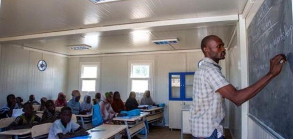 A la calle 22.000 maestros de Nigeria que suspendieron un test pensado para niños de 6 años