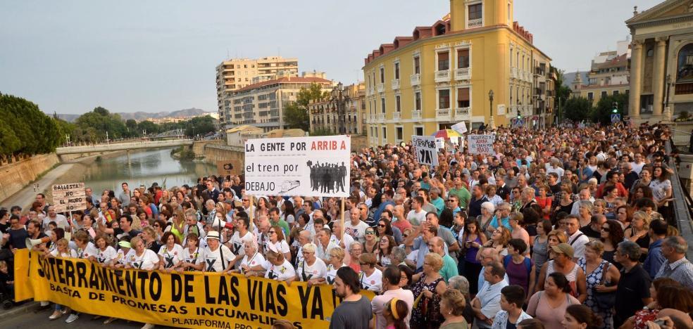 Fomento invertirá 300 millones en soterrar el AVE en Murcia, algo que no se plantea en Granada