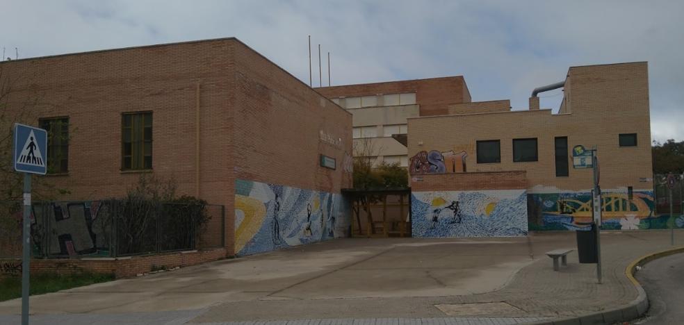 Fallece un joven de 18 años al desplomarse mientras jugaba al fútbol en El Puerto de Santa María