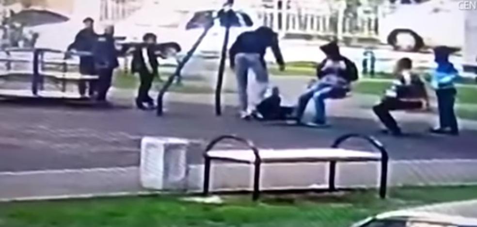 Un padre agrede a un grupo de niños de 9 años que hacían 'bullying' a su hijo