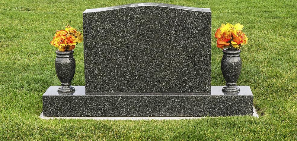 Cobró durante 15 años los 105.000 euros de la pensión de su padre muerto