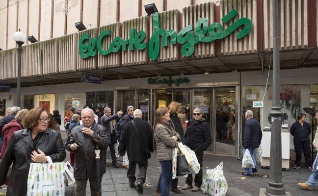 ¿Qué Centros Comerciales de Granada abren este sábado y domingo?