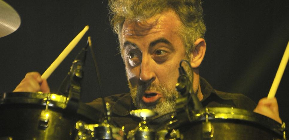 Eric Jiménez, el batería de Los Planetas, publicará sus memorias en noviembre