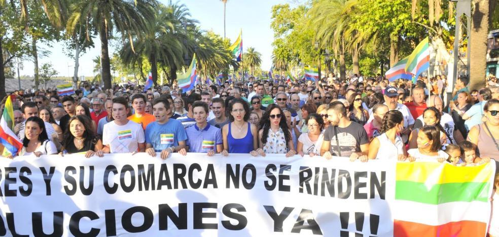 Los presupuestos no convencen a 'Todos a una por Linares'