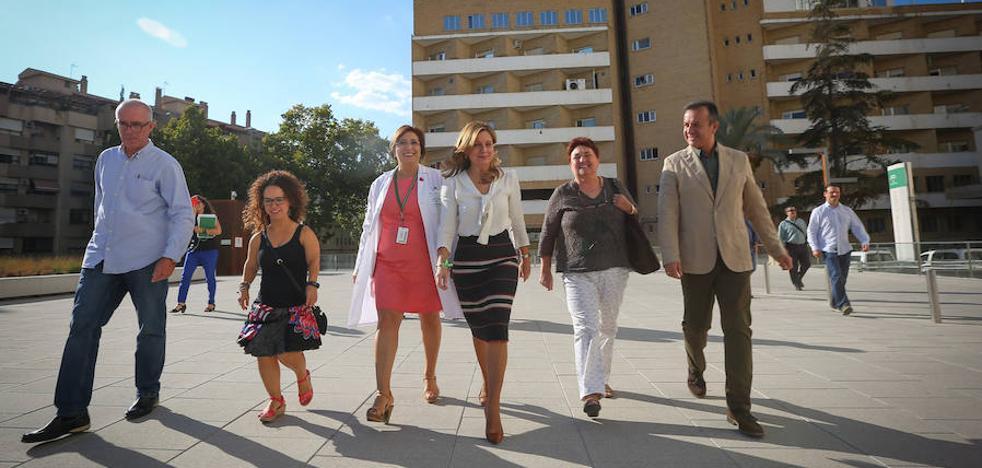 """La consejera de Salud dice que se están cumpliendo """"todos los pasos"""" en Granada"""