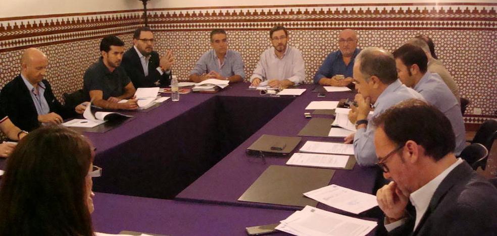 El Ayuntamiento de Jaén asegura estar ya trabajando en la supresión de los tornos en los autobuses urbanos