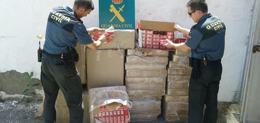 El fiscal acusa de «organización criminal» a siete sospechosos de contrabando de tabaco
