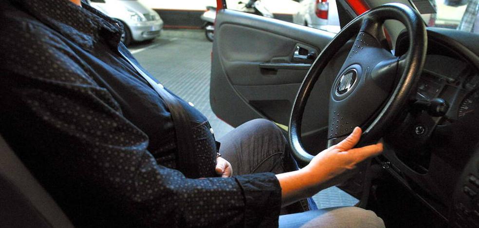 Más de 5.000 conductores almerienses, pillados dos o más veces sin cinturón