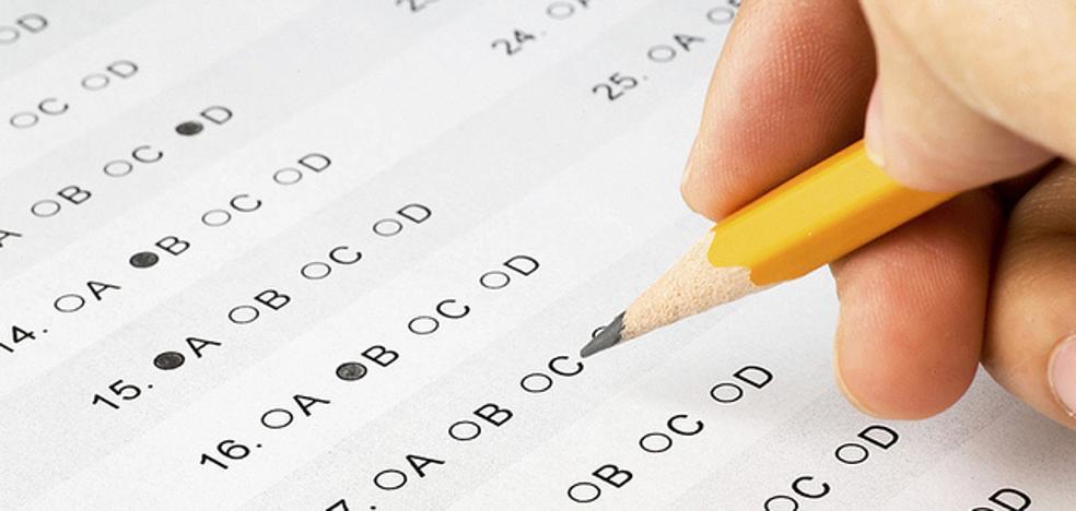 ¿Crees que los alumnos deben hacer exámenes?