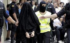 Detenida en Gerona una mujer por captar, reclutar y enviar yihadistas a zonas de conflicto