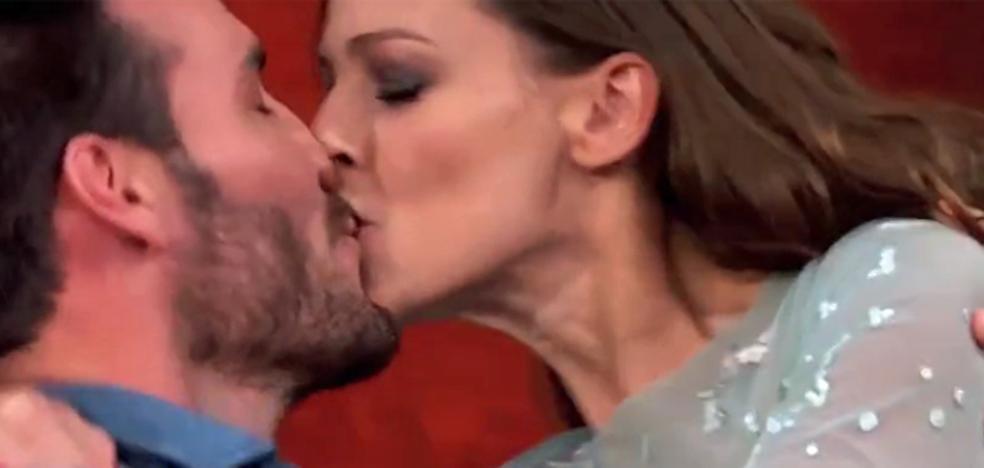 El beso de película de Saúl Craviotto a Eva González en Masterchef que sorprendió a todos