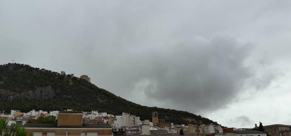 Las primeras lluvias dejan 35 litros en el Quiebrajano