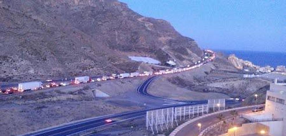 Fomento licita el proyecto para contruir un tercer carril en la A-7 entre Almería y Aguadulce