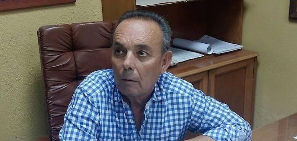 """Condenan al marido de la alcaldesa de Cantoria por llamar """"gilipollas"""" al portavoz PP"""