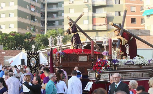 El Arzobispo apela a la unión en La Magna de Motril