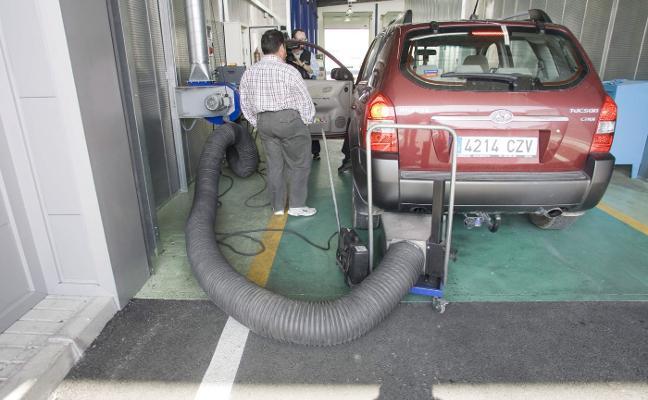 Las ITVs rechazadas por gases se duplican en dos años