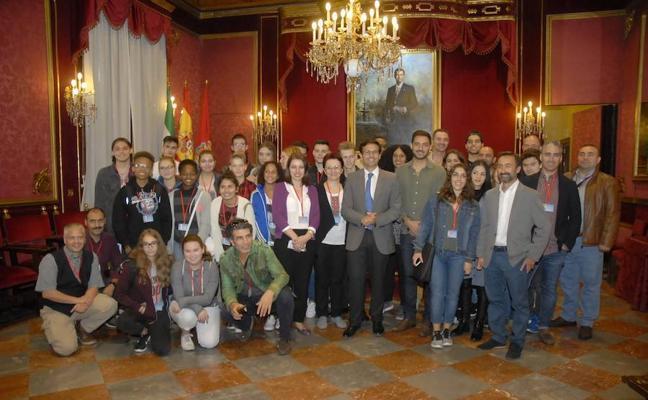 Sesenta estudiantes de cinco países se citan en Granada en el marco de 'Erasmus +'