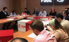 Entrena preside la primera reunión de la nueva ejecutiva provincial del PSOE
