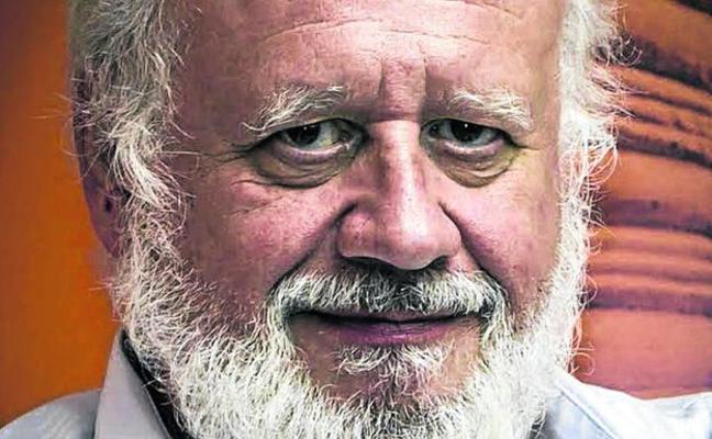 Juan Echanove: «¿Qué es eso de vender que España es una dictadura?»