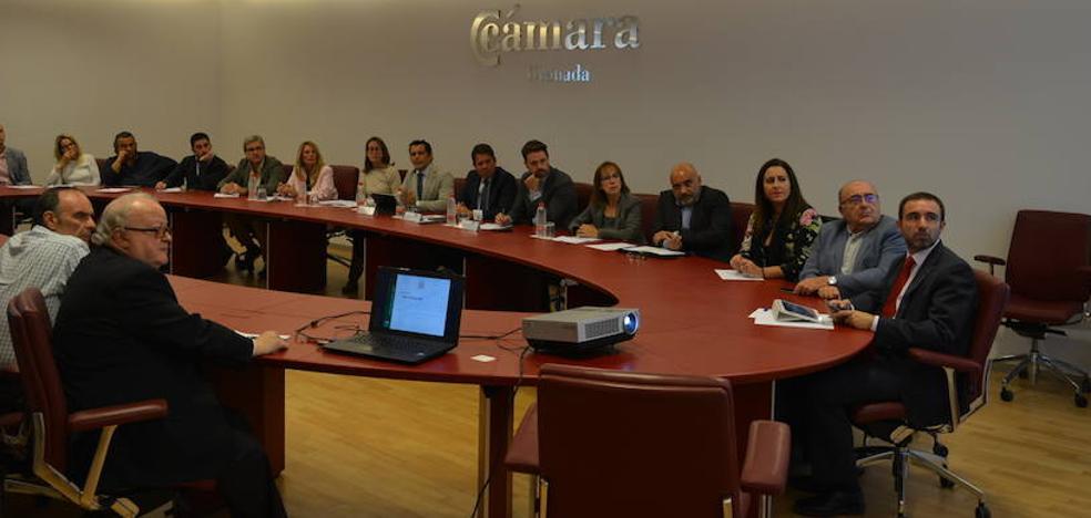 La Junta prevé dos líneas de subvenciones de 6.000 y 15.000 euros para las pymes comerciales
