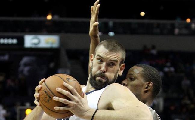 Marc Gasol brilla y los Grizzlies ganan a los Rockets en el duelo de invictos
