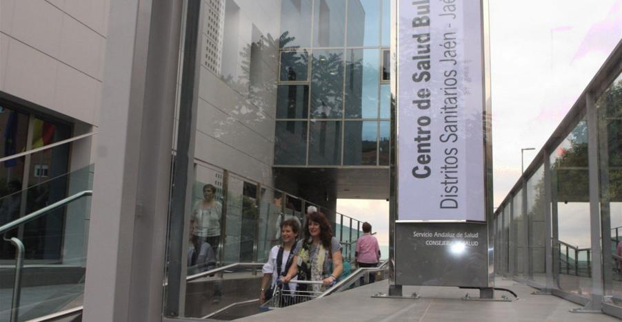 Solo tres médicos para reforzar Jaén
