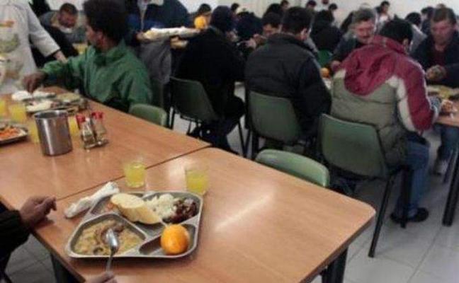 Cáritas lamenta que «hay muchas familias que siguen viviendo bajo los escombros de la crisis»